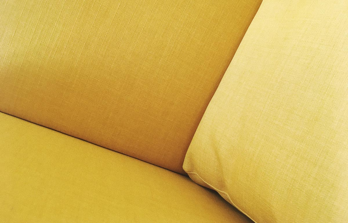 Sofa pillows wallpaper by Sylvie Tittel