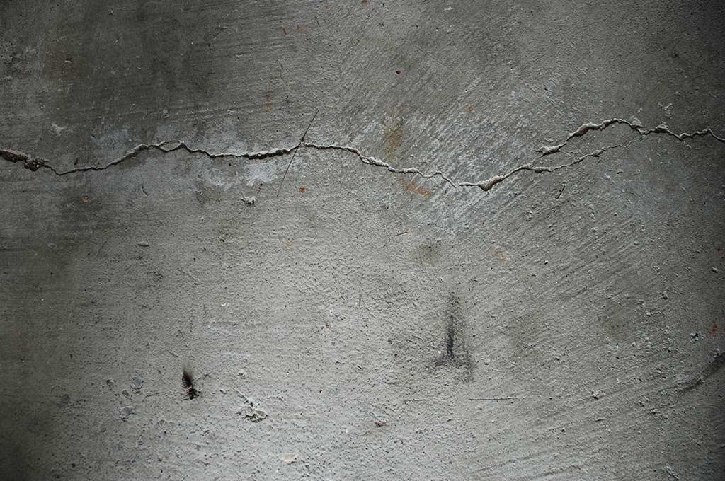 10 Free Grunge Textures (Concrete & Brick)